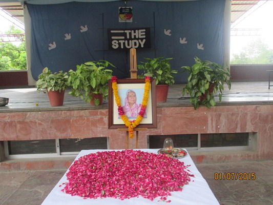Tribute to Mrs. Asha Singh
